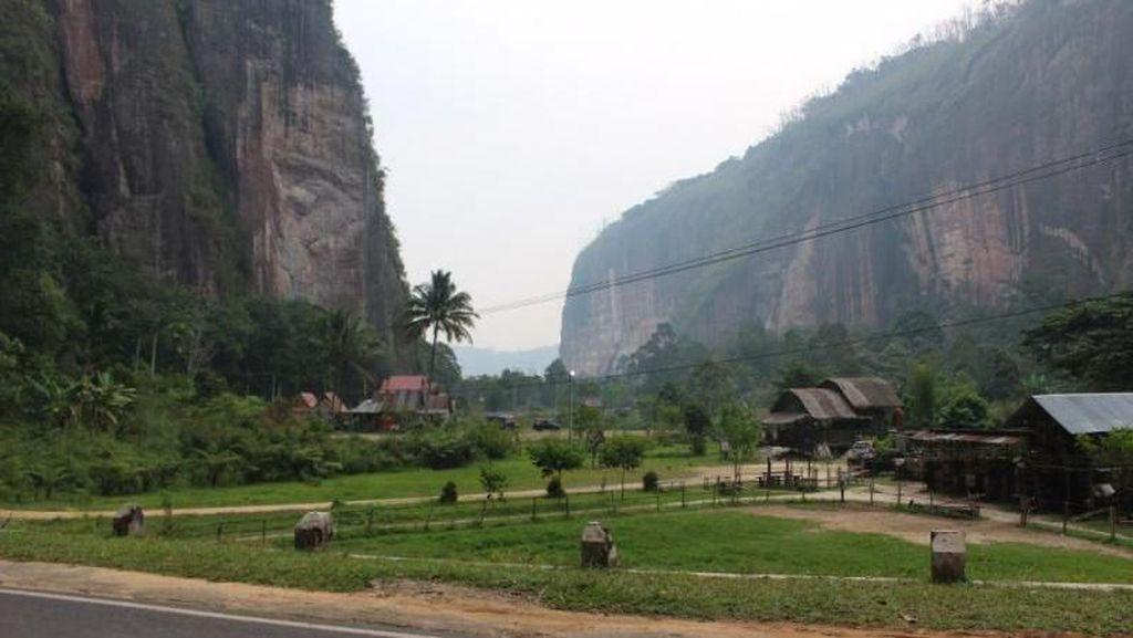 Potret 3 Lembah Cantik di Sumatera Barat