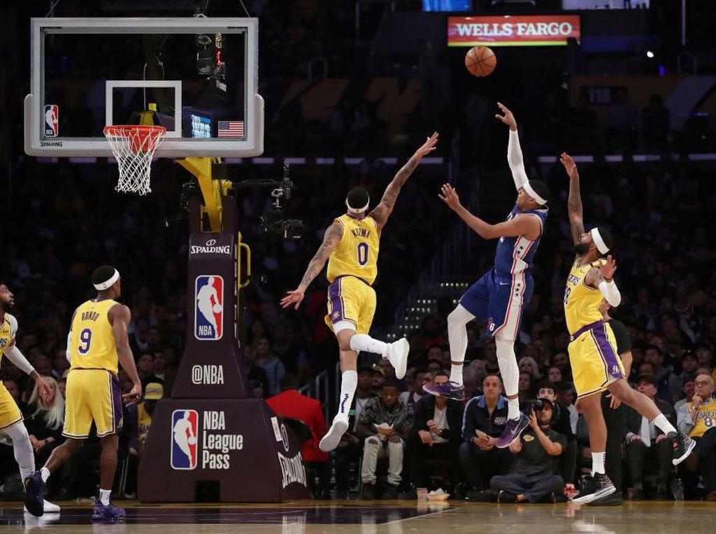 Hasil NBA: Lakers Hempaskan Sixers yang Pincang