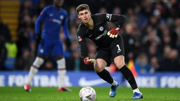 LONDON, ENGLAND - MARCH 03: Kepa Arrizabalaga of Chelsea in action prior to the FA Cup Fifth Round match between Chelsea FC and Liverpool FC at Stamford Bridge on March 03, 2020 in London, England. (Photo by Shaun Botterill/Getty Images)