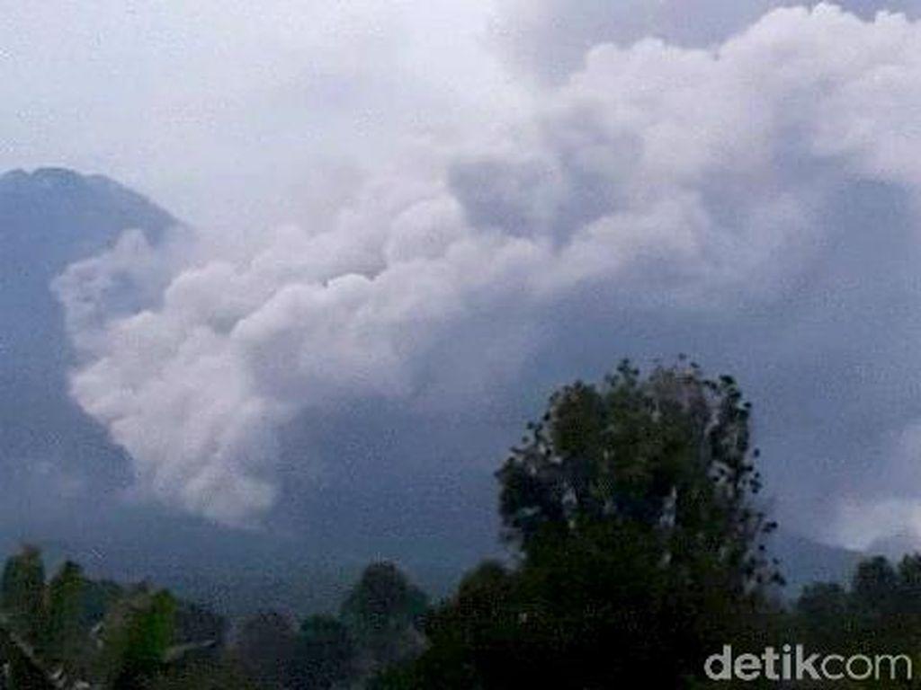 Gunung Semeru, Satu dari Ratusan Gunung Berapi di Indonesia