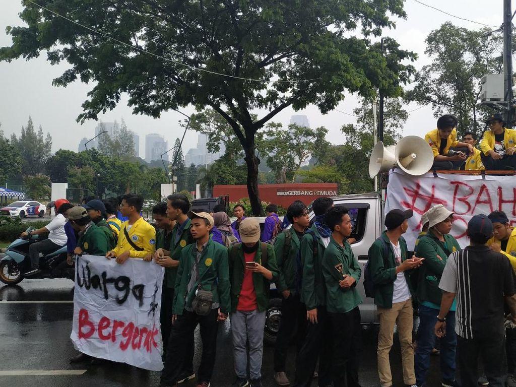 Tolak Omnibus Law Cipta Kerja, BEM SI Gelar Demo di DPR