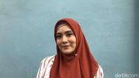 Elma Theana Ngaku Bukan Orang Ketiga, Jumpa usai Ferry Irawan Digugat Cerai