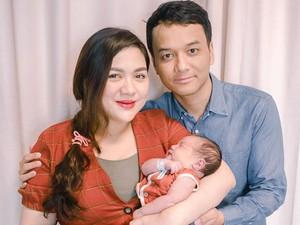 Bibir Suami Vicky Shu Jadi Sorotan di Postingan Ini