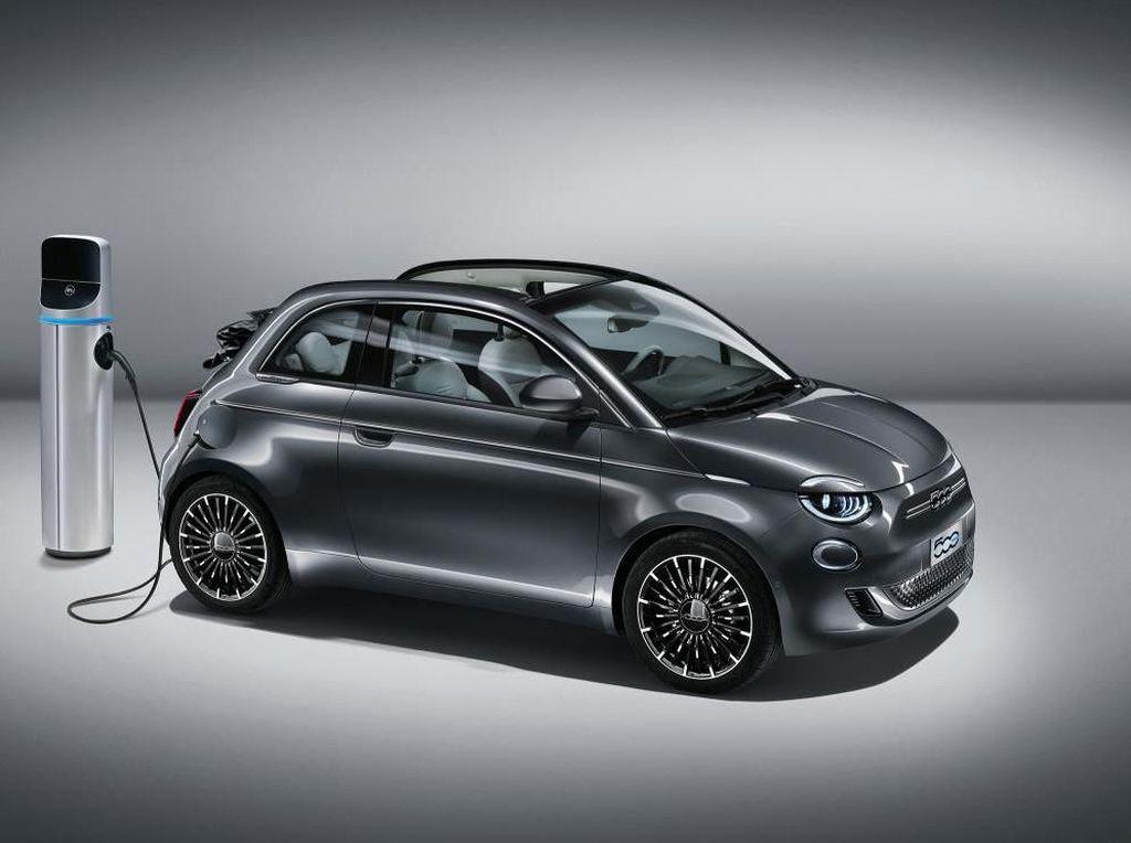 Di Tengah Kekhawatiran Corona di Italia, Fiat Luncurkan Mobil Listrik