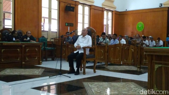 Wali Kota Medan nonaktif Dzulmi Eldin
