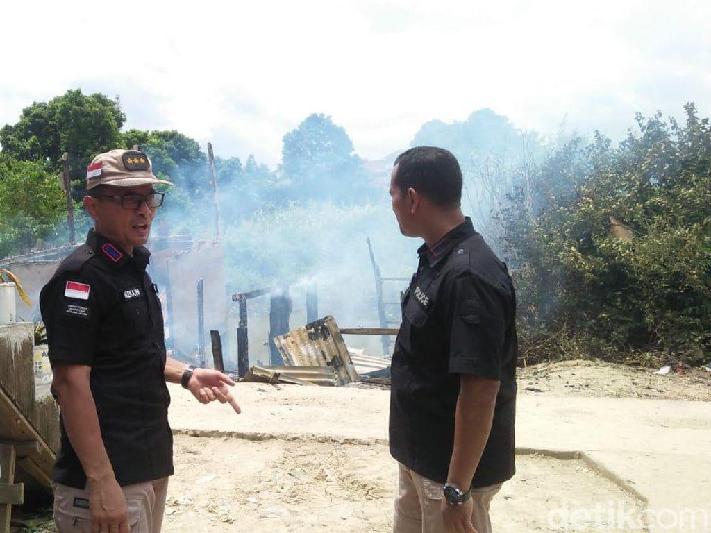 Bikin Resah, 3 Rumah Tempat Transaksi Narkoba di Jambi Dibakar Polisi