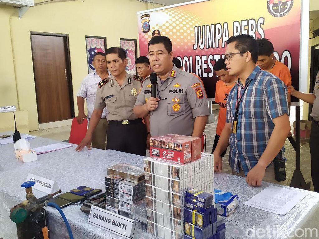 Bobol Toko di Manado, Sindikat Ini Gondol Rokok hingga Duit di Brankas