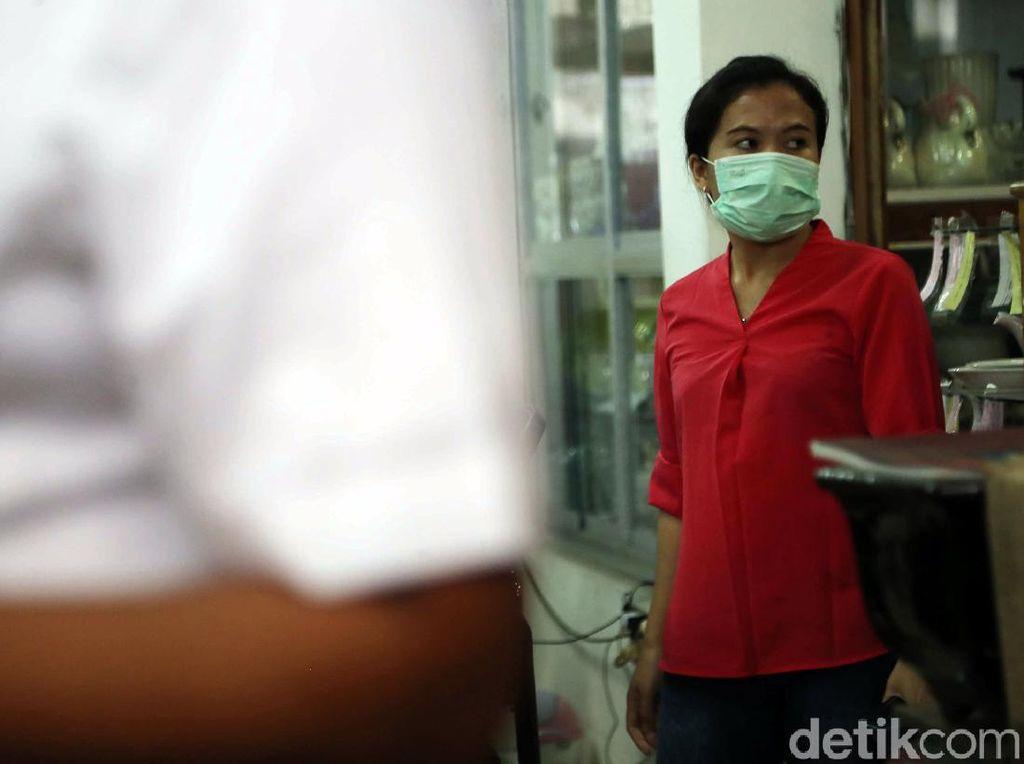 Tenang, Masih Ada yang Jual Masker Rp 2.500