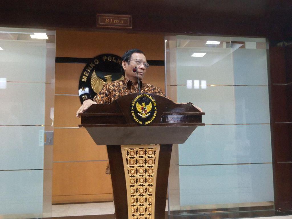 3 WNI di Singapura Danai Kelompok Teroris, Mahfud: Mereka Teroris Juga