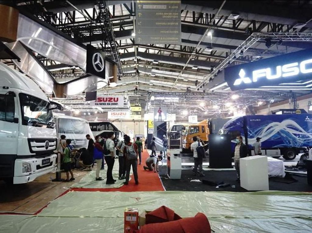 Gara-gara Corona, Dua Merek Mobil Tunda Masuk Indonesia