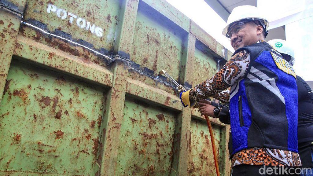 Menperin Agus Gumiwang Buka Pameran Otomotif di Tengah Isu Corona