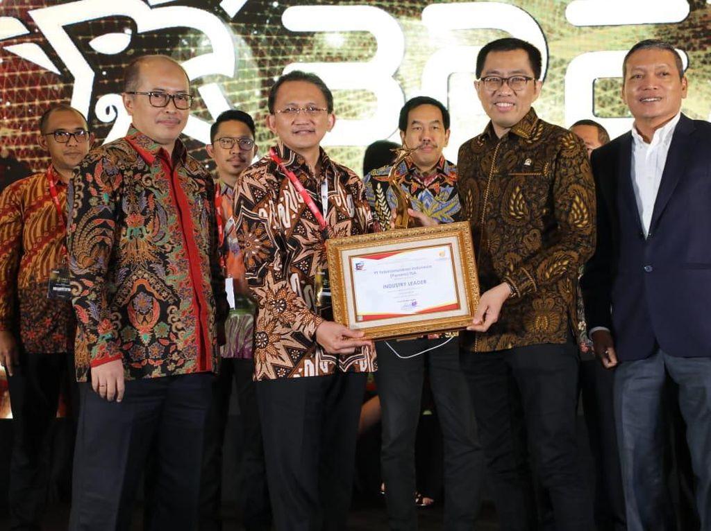 Telkom Sabet Penghargaan Industry Leader dari Forum Ekselen BUMN