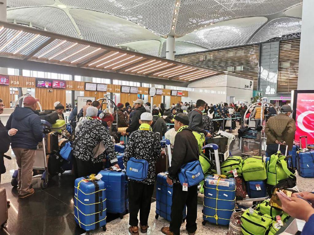 KJRI Istanbul Bantu Pulangkan 769 WNI ke Indonesia, 378 Gagal Umroh