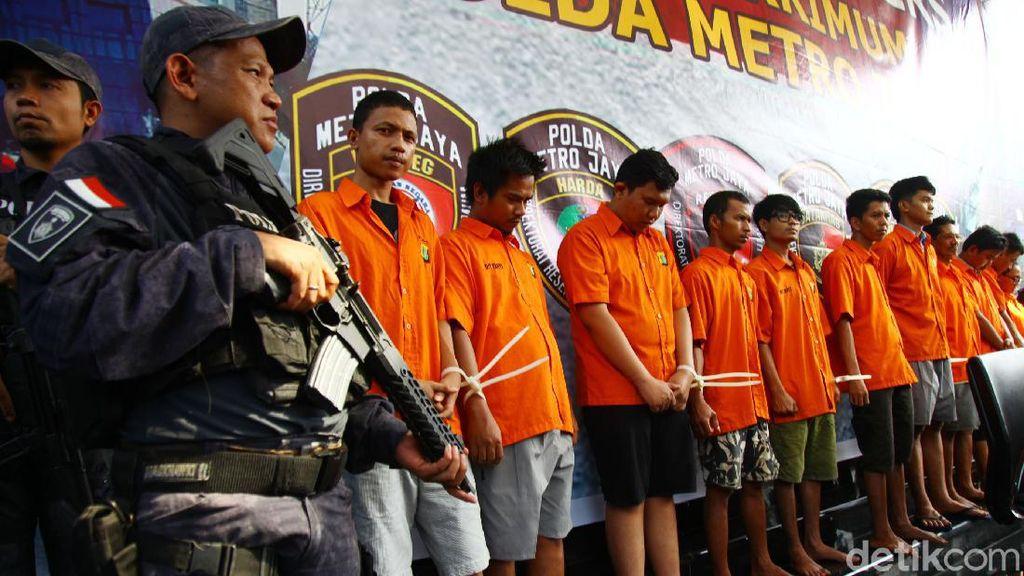 Tersangka Pembobol Bank Digelar di Polda Metro Jaya