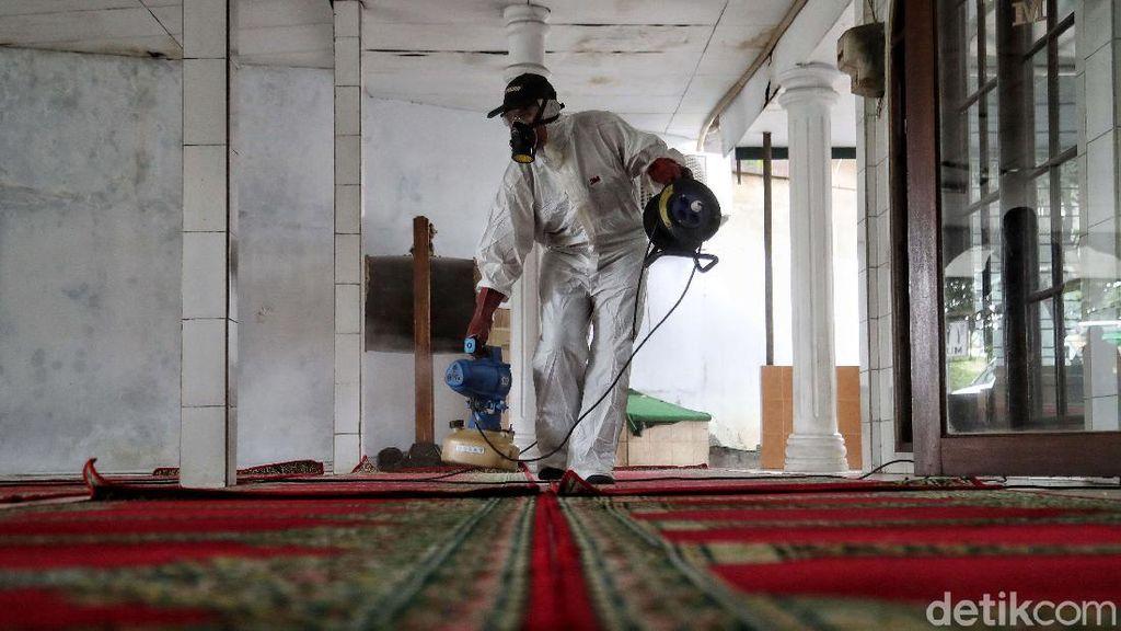 Disinfeksi Corona Sasar Masjid-masjid di Ibu Kota