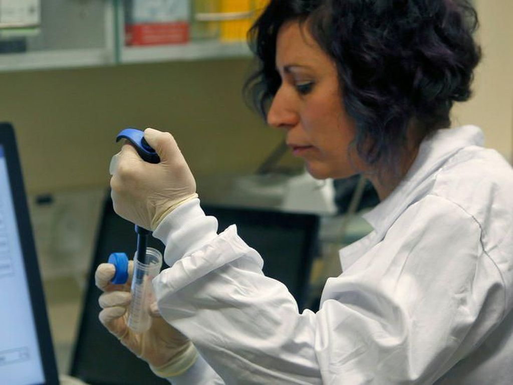 Yayasan Bill Gates Danai Riset Untuk Alat Uji Virus Corona
