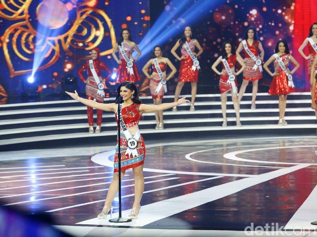 Potret Cantiknya Finalis Puteri Indonesia 2020 di Malam Grand Final