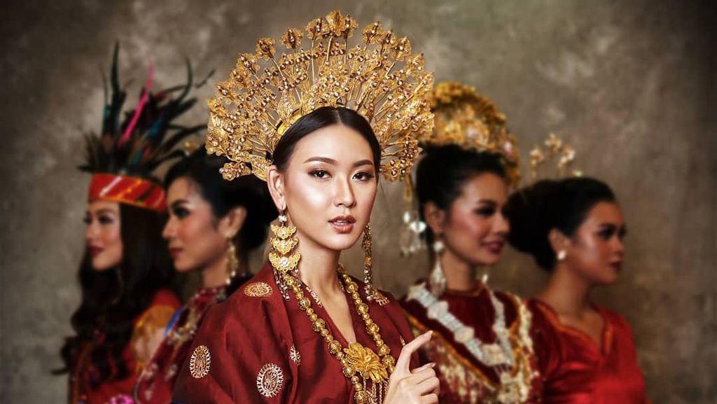 Cantik Memesona, Potret 12 Finalis Puteri Indonesia 2020 Pakai Baju Adat