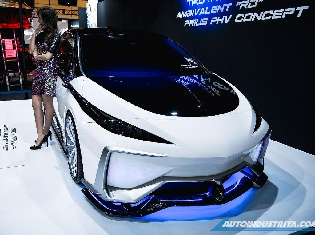 Saat Desain Anime Robot Gundam Jadi Mobil