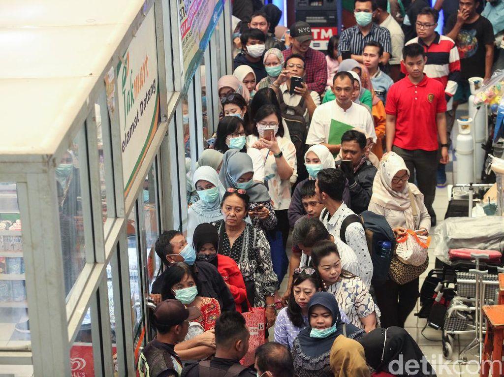 Ada Masker Rp 125.000/Box di Pasar Pramuka, Gimana Toko Sebelah?