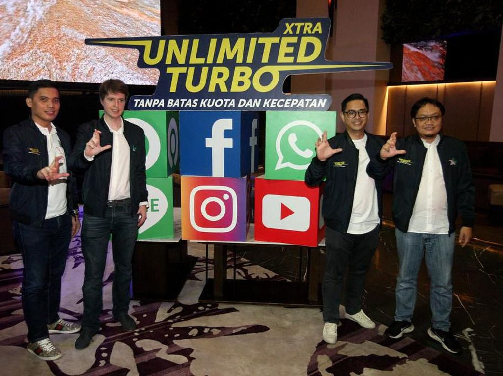 XL Hadirkan Paket Unlimited Akses WhatsApp, YouTube dan Gojek