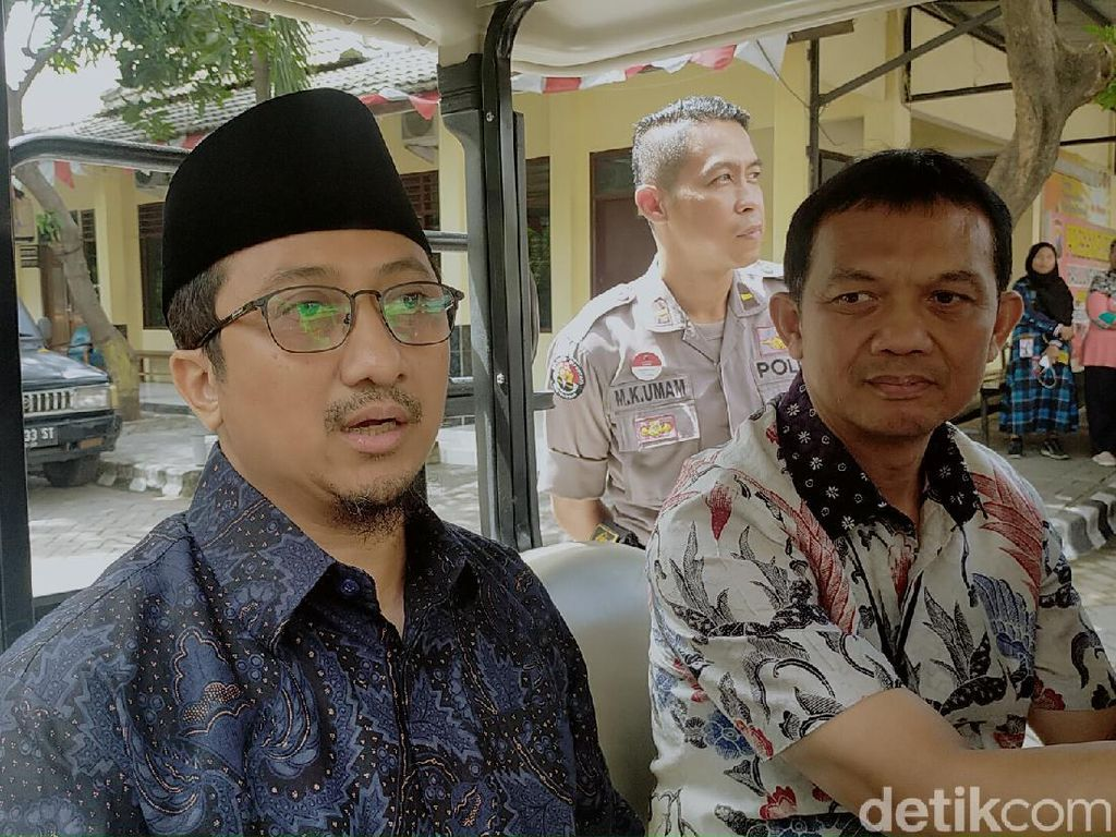 Mohon DKM Tidak Gelar Salat Jumat, Yusuf Mansur: Insyaallah Tak Dosa