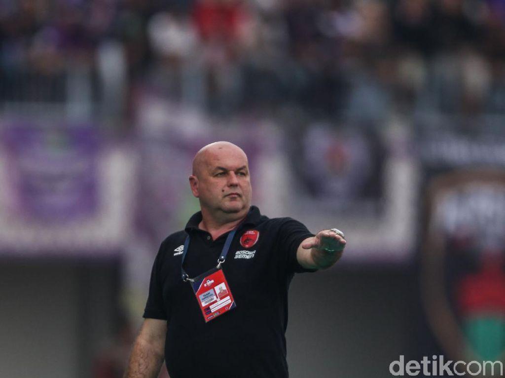 Ke Media Kroasia, Bojan Hodak Cerita Gilanya Suporter Indonesia