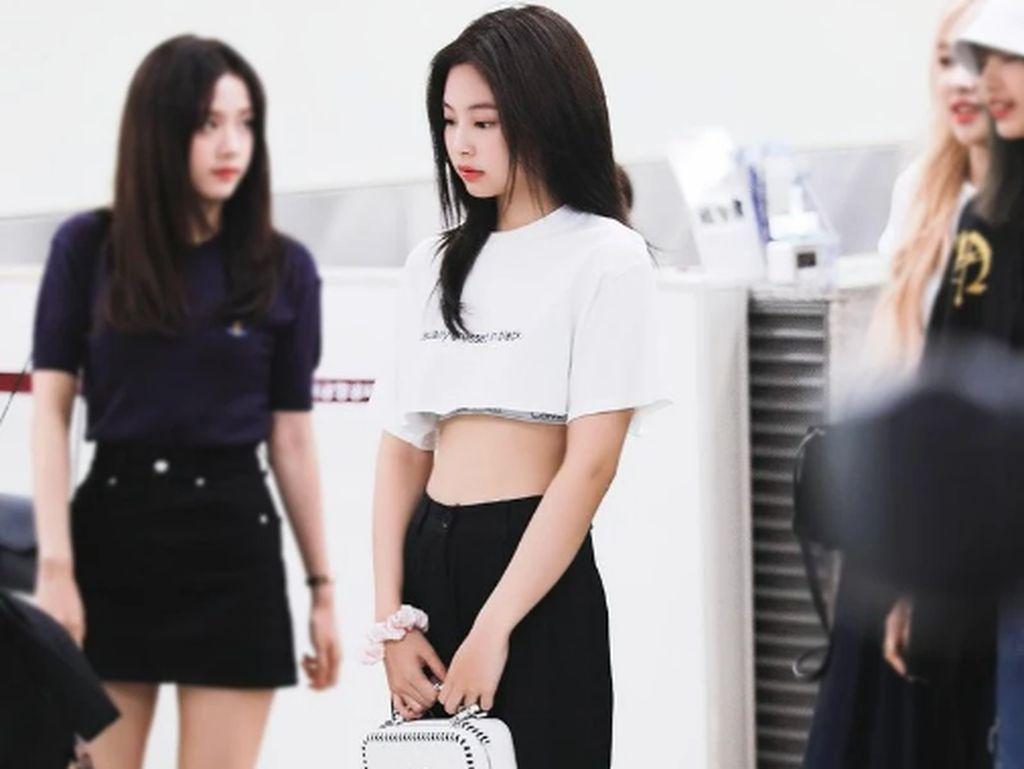 10 Gaya Jennie Blackpink Pakai Tas Chanel, Ada yang Harganya Ratusan Juta