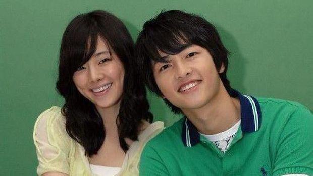 5 Drama Korea Romantis yang Dibintangi Aktor Tampan Song ...