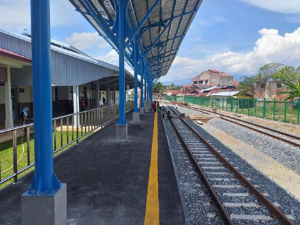 Kereta Padang-Pulau Air Hidup Lagi Usai 43 Tahun Mati Suri
