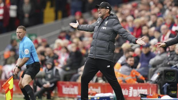 Liverpool's manager Jurgen Klopp reacts during the English Premier League soccer match between Liverpool and Bournemouth at Anfield stadium in Liverpool, England, Saturday, March 7, 2020. (AP Photo/Jon Super)
