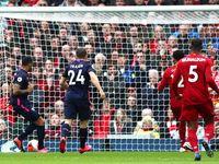 Tepatkah VAR Sahkan Gol Wilson ke Gawang Liverpool?