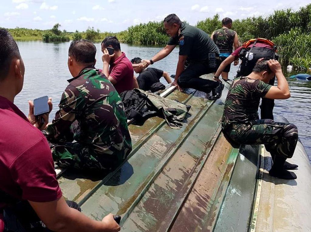 Foto-foto Kecelakaan Speedboat yang Tewaskan 2 Orang Paspampres