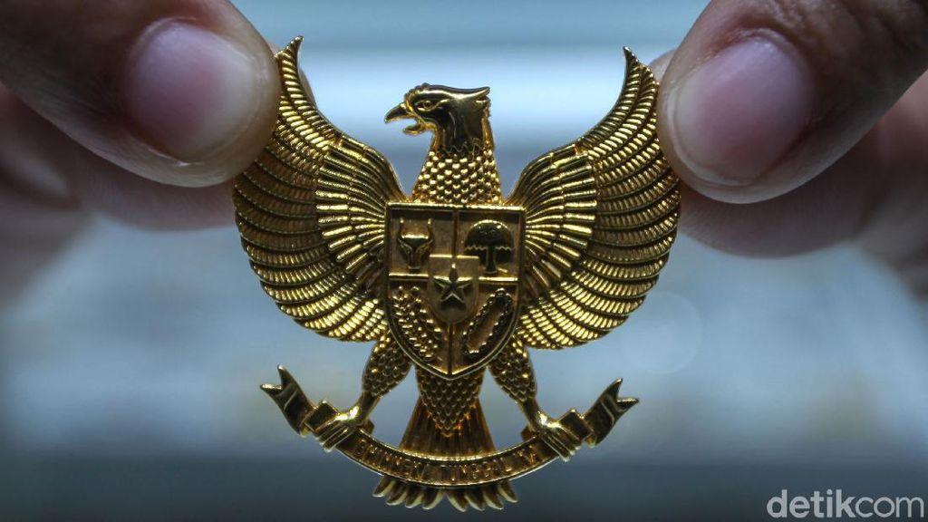 Harga Emas Catatkan Rekor Tertinggi