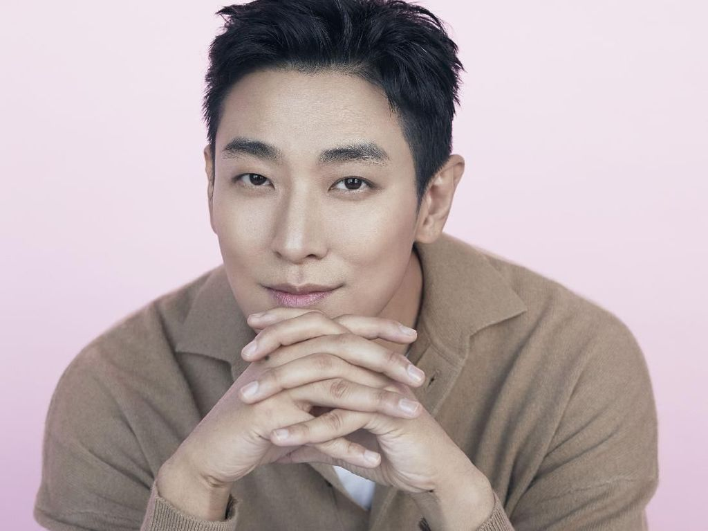 Ju Ji-hoon Tak Pilih Kasih untuk Kingdom dan Hyena