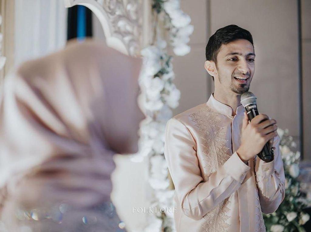 Sahabat Kondangan Secara Virtual ke Pernikahan Vebby Palwinta