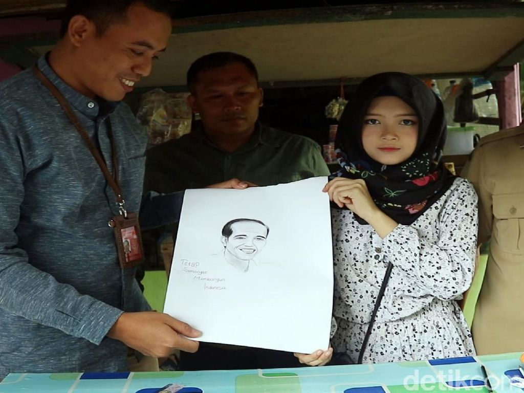 Keren, Febby Gadis Jago Gambar-Putus Sekolah Lukis Jokowi