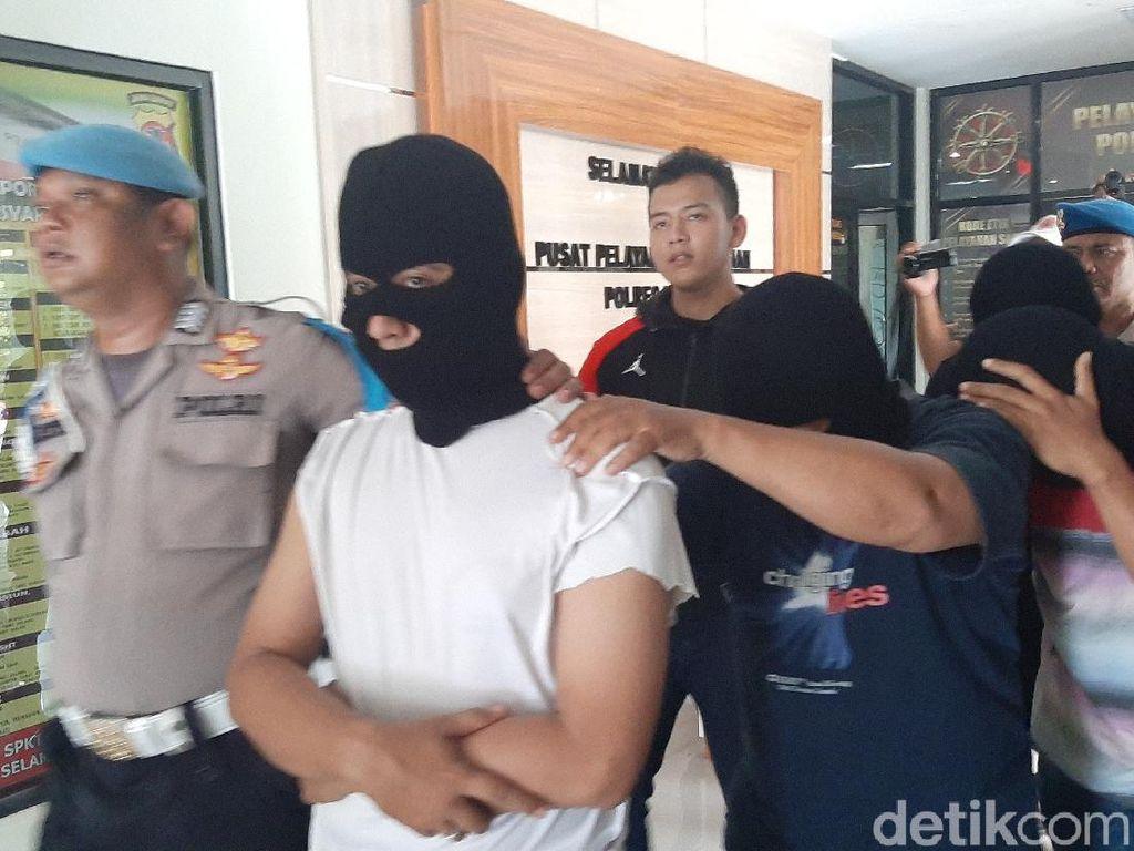 Polisi Tangkap Komplotan Penimbun-Pembuat Masker Ilegal di Bogor