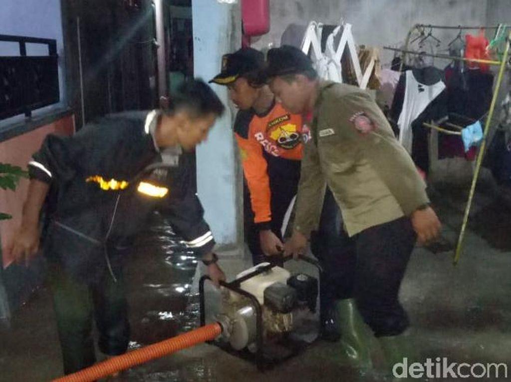 Pemkab Pastikan Banjir di Banyuwangi Surut Malam Ini