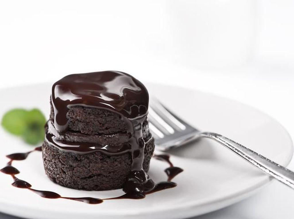 Resep dan Cara Membuat Brownies Kukus Coklat, Pandan Enak