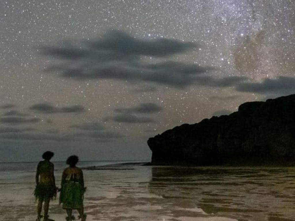 Negara Paling Jarang Dikunjungi dengan Langit Idaman Fotografer