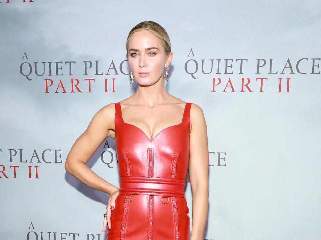 Seksinya Emily Blunt di Premiere A Quiet Place Part II