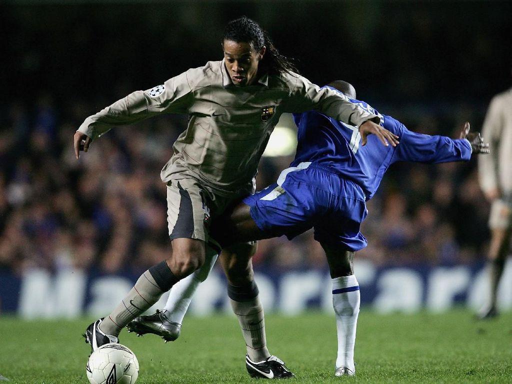 Ronaldinho: 15 Tahun Lalu Bikin Gol Indah, Kini Dipenjara