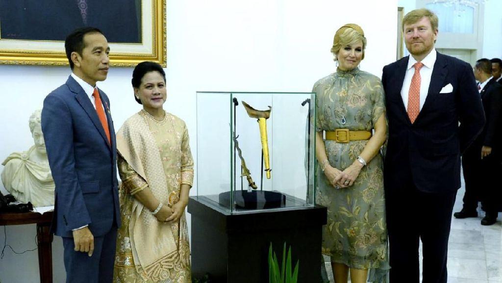 Ini Dia Keris Pangeran Diponegoro yang Dilihat Jokowi-Raja Belanda