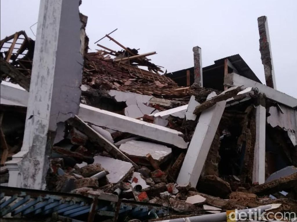 Gempa M 4,9 Sukabumi, BPBD: Rumah Roboh-Warga Luka-luka