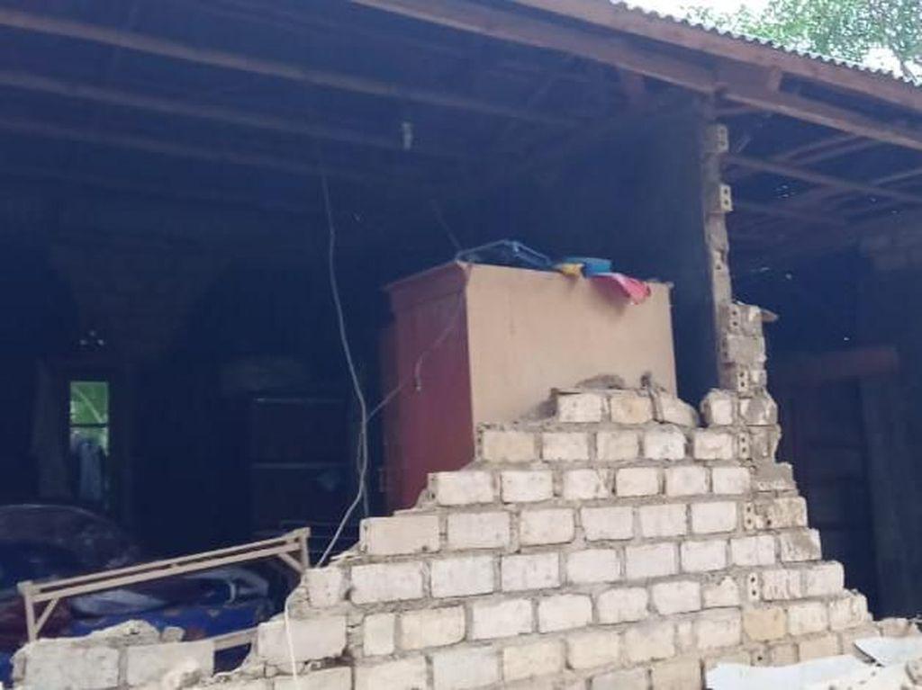 Gempa M 4,9 Sukabumi, Rumah di Kalapanunggal Ada yang Roboh