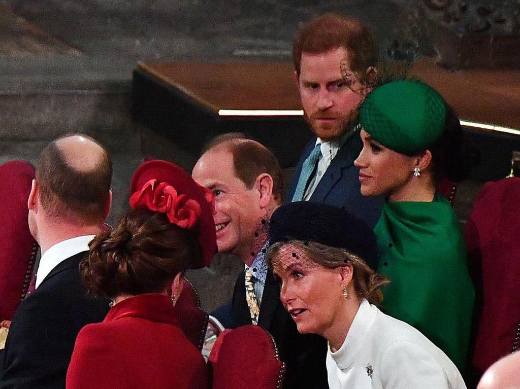Pangeran William Frustrasi dengan Tingkah Harry Termasuk soal Wali Baptis Archie