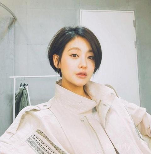 Yuk Tampil Fresh Dengan Model Rambut Pendek Ala Wanita Korea Berikut Ini