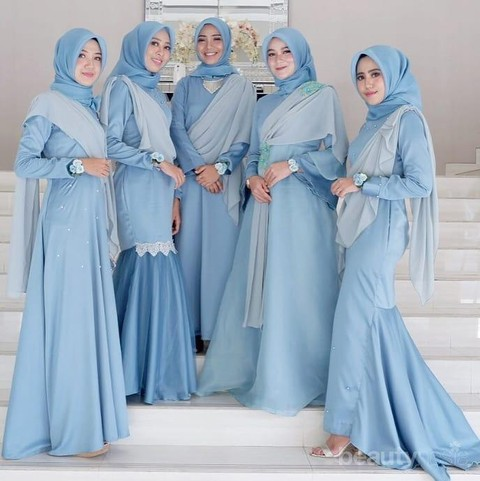 Wah Ini Dia Ide Gaun Bridesmaid Untuk Hijabers Yang Sedang Populer Saat Ini