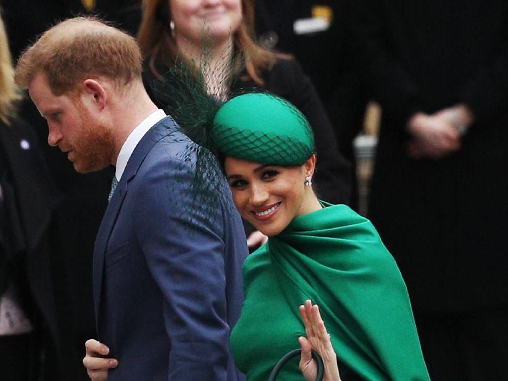 Makna Karangan Bunga Meghan-Harry di Pemakaman Pangeran Philip